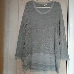 Easel Triple Layer Sweater size L